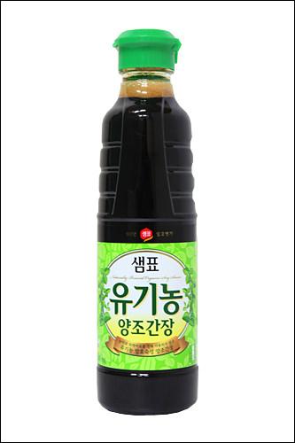 有機農醤油(ユギノンカンジャン)有機大豆を使用して作られる醤油。割高だが、健康や食の安全に関心の高い人に人気。