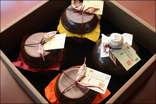 醤油、コチュジャン、味噌、米水飴のセット(各500g)140,000ウォン