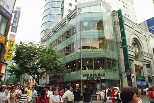 2000年~2004年STARBUCKS1坪/1億3851万ウォン(2004)