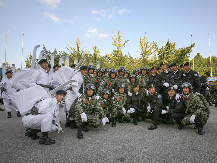 陸軍特殊戦司令部