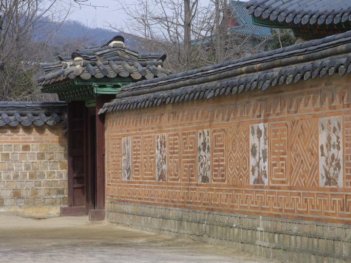 梅、菊、竹、蝶、蓮などの装飾壁