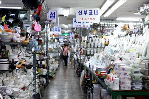 チゲ用鍋など韓国のキッチン用品が買い!