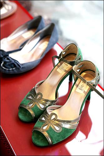 靴 120,000ウォン韓国らしい色合い。