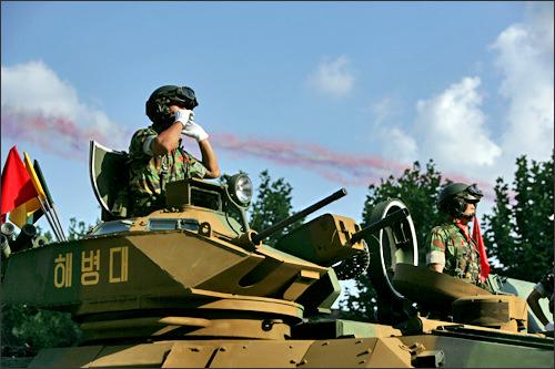 国軍の日には5年に1度軍事パレードが