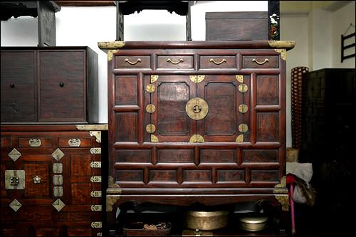 モリジャン(枕元箪笥)150万ウォン(オリジナル)