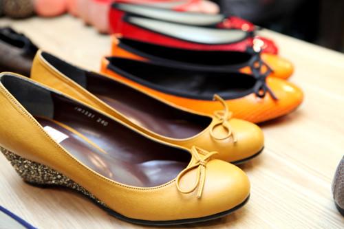 ps. Mary Jane狎鴎亭(アックジョン)にあるハンドメイド女性靴の専門店。素材やかかとの高さなど自分好みにオーダー可能。