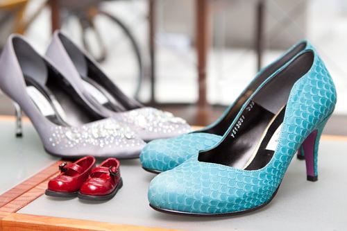 SSST 聖水手製靴タウンソウル城東製靴協会に所属するベテラン靴職人たちの共同ショップ。パーツ交換やサイズ微調整で自分にぴったりの靴を。