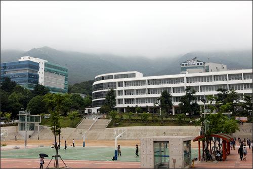 1946年創立の釜山大学