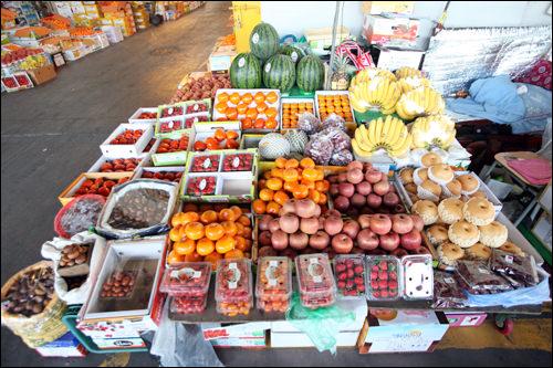 色とりどりの果物