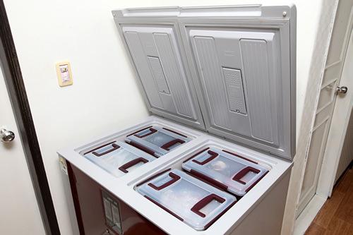 左室・右室があり、冷蔵・冷凍が可能。