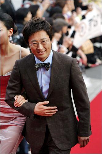 「サイン」ユン・ジフ役のパク・シニャン