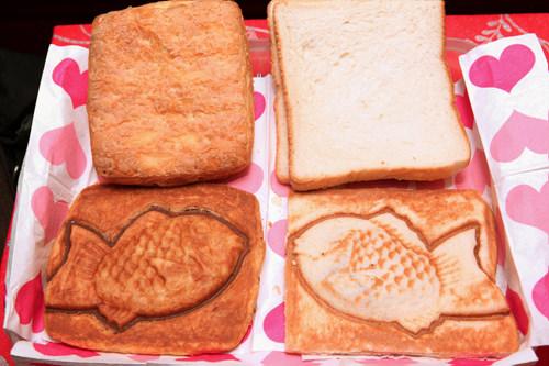 左がペストリー、右がりんご食パン
