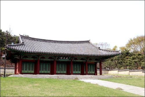 孝昌公園韓国の独立運動家たちが眠る歴史ある公園