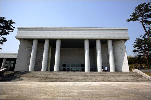 白凡記念館大韓民国臨時政府の樹立に貢献した金九(キム・グ)記念館。孝昌公園に隣接