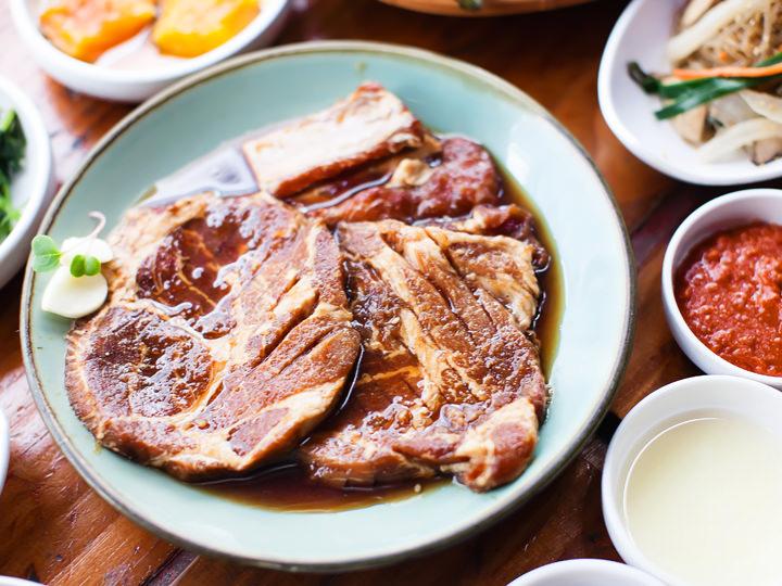 豚カルビ(テジカルビ) 1人分(200g) 13,000ウォン メキシコ、カナダ産※写真はイメージです。