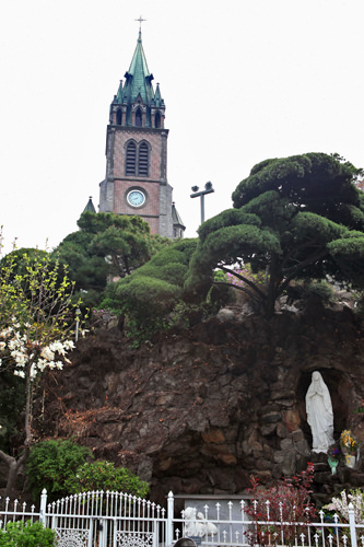 明洞聖堂で「美しき日々」「美男ですね」が撮影!