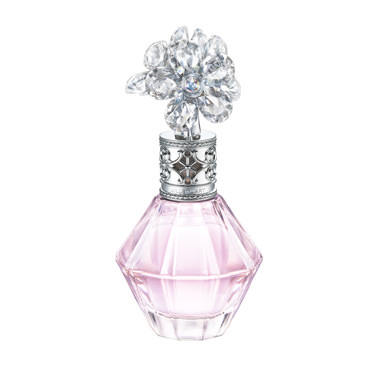 BEST2 クリスタルブルームオードパルファン$47/30ml、$64/50ml永遠に輝く美しい一瞬をたくさんの花々で表現、この世でもっとも透明で可憐な香りがテーマです。ボトルはダイヤモンドのように女性を特別な存在として輝かせる、「クリスタルの花束」をイメージ。