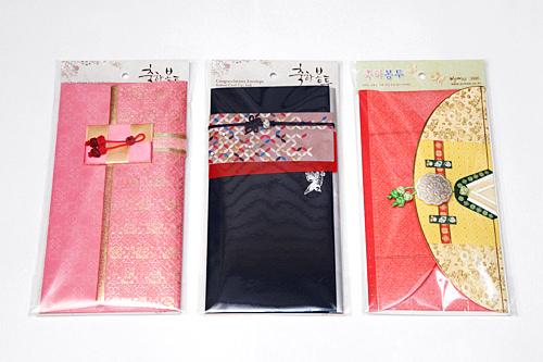 祝儀袋(2階、事務用品コーナー)2,800~3,600ウォン