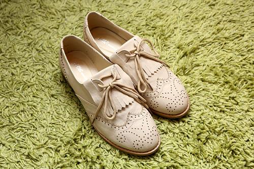 靴40,000ウォン