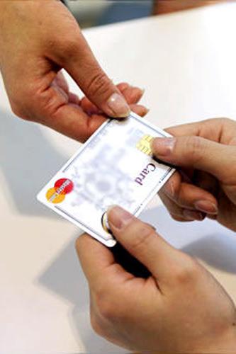 クレジットカードで支払いスムーズ