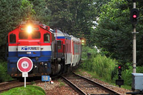 ムグンファ号は多くの途中駅に停車します。