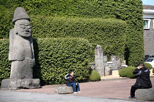 11、済州島民俗自然史博物館(済州特別自治道済州市)韓国本土と異なる済州島(チェジュド)独特の民族文化や自然に触れることができる。