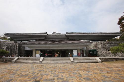 7、国立晋州博物館(慶尚南道晋州)文禄・慶長の役の激戦地・晋州(チンジュ)城に立地し、関連資料が豊富。
