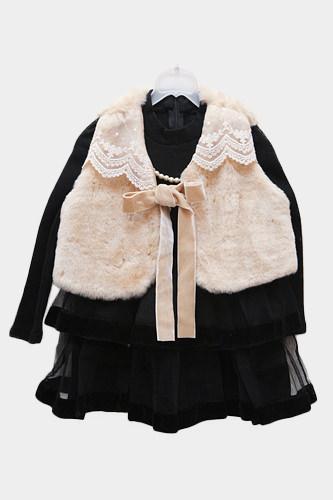 ベスト(cotton baby) 20,000ウォンワンピース(Shushu Rabbit)18,000ウォン