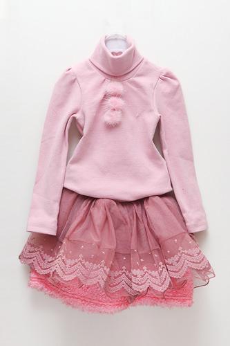 Tシャツ(Estelle) 10,000ウォンスカート(Estelle) 12,000ウォン
