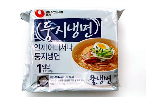 トゥンジ冷麺(農心)1,200ウォン 485kcal