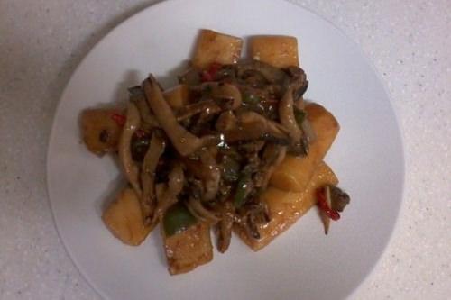 好麺堂宮中トッポッキ、ブルゴギ風で辛くなく美味しいChiwa さん
