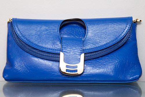 サファイアブルーハンドバッグ 100,000ウォン