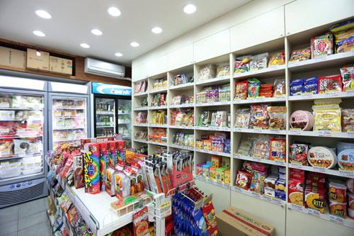 日本食品を扱う「モノマート」