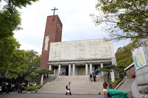 大学路の恵化洞聖堂