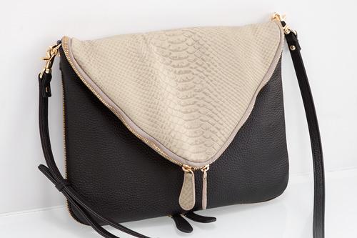 GINESSA 320,000ウォン女優ハン・ガインがプライベートで愛用するバッグ