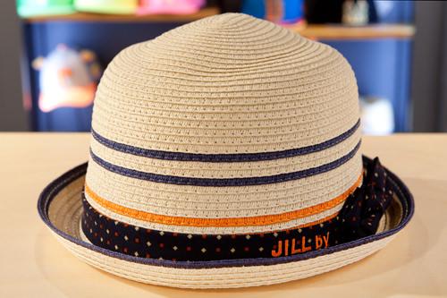 ラインと水玉がかわいい麦わら帽子 JILL BY JILLSTUART 45,000ウォン
