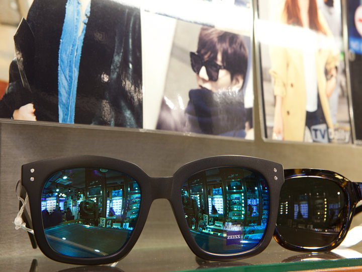 イ・ミンホが愛用している「Edward martin」のサングラス