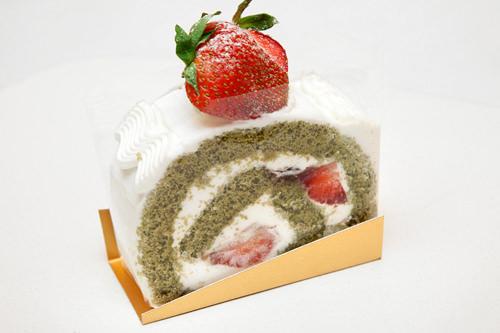イチゴ抹茶ロール 4,000ウォン京都の宇治抹茶を使用。小豆と生クリームの相性が抜群