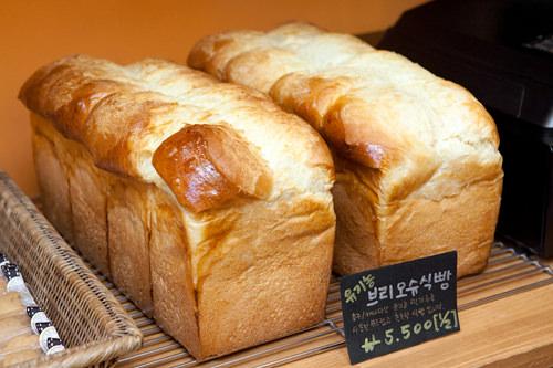 ブリオッシュ食パン 1.5斤 5,500ウォン