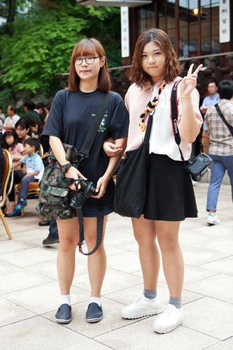 関係:新郎の教え子学生なのでいつも通りの服装で出席。結婚式にカメラは必須アイテム!