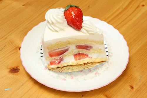 カットケーキは1個4,800ウォン
