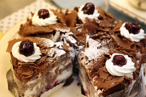 チョコレートケーキ カット4,800ウォン