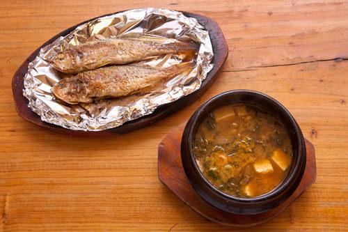 ご飯が進むイシモチと味噌チゲ