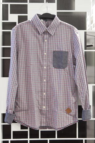 スタンダードなチェックに胸ポケットと袖の切り替えがポイントシャツ 39,800ウォン