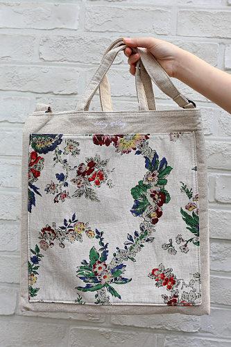 珍しい柄がポイントというバッグは68,000ウォン