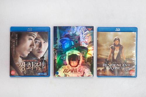 映画は韓国内外のものが揃う