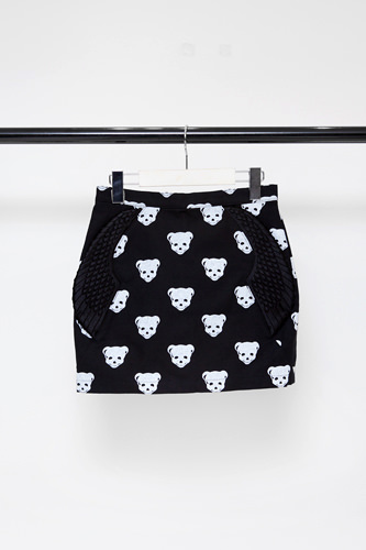 BOY+PUSHBUTTON CAPSULE COLLECTIONスカート 408,000ウォン