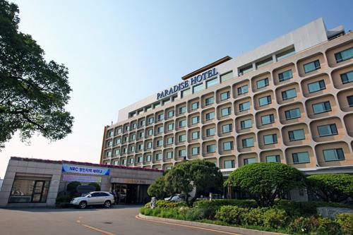 パラダイスホテル仁川 (地図番号:赤4)