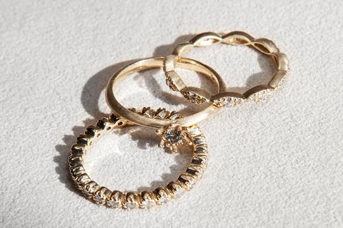 ダイヤ指輪各600,000ウォン