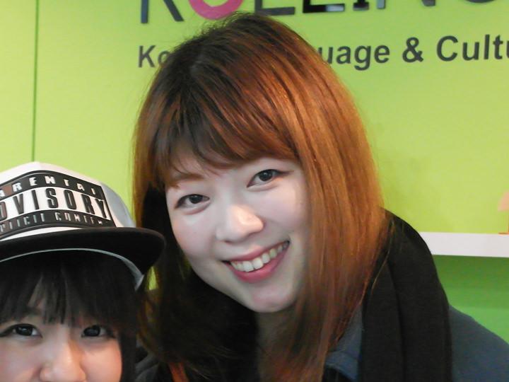 ナム・ヒョン先生(写真右)